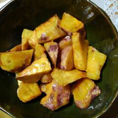 キャベツ/サツマイモ/里芋/秋の食材/フォロー大歓迎/食欲の秋 夕食に間に合いました 唐揚げ以外は畑の食…(3枚目)