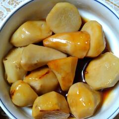 キャベツ/サツマイモ/里芋/秋の食材/フォロー大歓迎/食欲の秋 夕食に間に合いました 唐揚げ以外は畑の食…(2枚目)