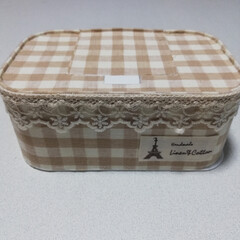 DAISO/リメイク/ナチュラル/ケース/除菌シート DAISOの除菌シートのケースを、布で可…(1枚目)