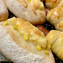 惣菜パン/自家製天然酵母パン/おうちごはん/うちの定番料理 自家製天然酵母 惣菜パン焼き上がりで〜す…(6枚目)