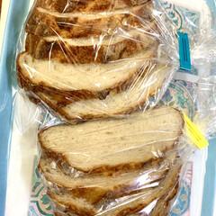 バヌトン型カンパーニュ/自家製天然酵母パン パンカット🗡(4枚目)