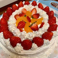 手作りケーキ/イチゴショートケーキ イチゴが安かった時は、必ずショートケーキ…(1枚目)