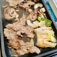 🍺ビール/野菜/肉/バーベキュー 今夜は外で焼肉パーティー🍻🥳🤣🙌🏻 自宅…(2枚目)