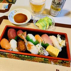 にぎり寿司 今夜は、🏠で握り寿司🍣〜😘✌🏻💕(3枚目)