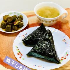 自家製Qちゃん/梅干し/昆布/おにぎり/朝食 good morning🍙(1枚目)