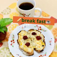 break fast/自家製天然酵母パン 🥖break fast☕️  ブルーベリ…
