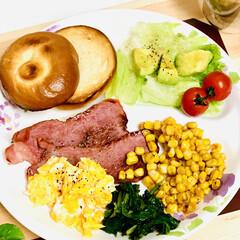 ワンプレート/結びベーグル/手作りパン/自家製天然酵母/朝食 おはようございます💕  今日も一日頑張ろ…(2枚目)