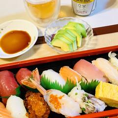 にぎり寿司 今夜は、🏠で握り寿司🍣〜😘✌🏻💕(2枚目)