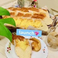グルメ/launch/フランスパン/自家製天然酵母/手作りパン/ハンドメイド/... launchに焼きたてパン🥖が食べれるの…(1枚目)
