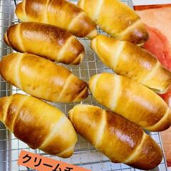クリームチーズロール/手作りパン/自家製天然酵母/グルメ 自家製天然酵母パン クリームチーズロール…(1枚目)