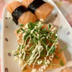 自家製甘酢/ダイソー/豆苗/おうち握り寿司/おうちごはん/スタミナ丼/... 遅くなりましたが、 今夜は、おうち握り寿…