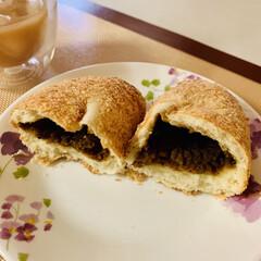 カレーパン/自家製酵母パン カレーパン美味しい〜👯♀️👯♀️👯…