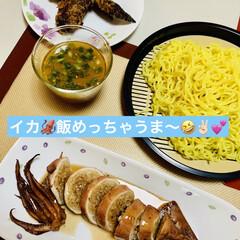 つけ麺/イカ🦑飯 わ〜い👯♀️👯♀️👯♀️🎶 イカ飯…