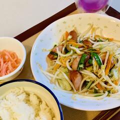 野菜炒め 今夜は野菜炒め🥕🥬 野菜炒めは、短時間が…(3枚目)