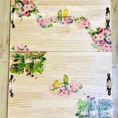 インテリア/デコパージュ/木製トレイ/ハンドメイド/DIY/簡単DIY/... 木製トレイ完成しました〜🙌🏻😆💖   s…(4枚目)