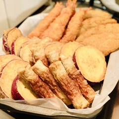 夕食/竹輪/さつま芋🍠/白身魚/エビフライ 今夜は揚げ物をしました😅💦  今日は、 …(3枚目)