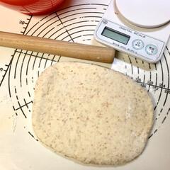グラハム粉/自家製天然酵母パン 今日のパン🥖🍞🥐は、何かな?