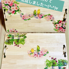 インテリア/デコパージュ/木製トレイ/ハンドメイド/DIY/簡単DIY/... 木製トレイ完成しました〜🙌🏻😆💖   s…(1枚目)