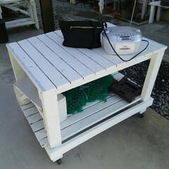 作業台/DIY 作業台 外で物作りする台です スケールを…