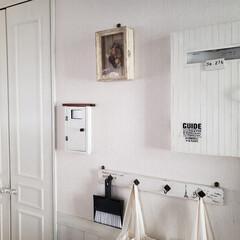 キッチン/DIY/給湯器カバー/白/建売住宅/リメイク わが家のキッチンの壁側。 右側は娘の学校…