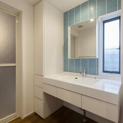 戸建てリノベーション/洗面室/収納 ユニットバスを広げ、洗面室を拡張。  既…