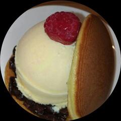 フォロー大歓迎/グルメ/フード/スイーツ/餡子/アイスクリーム 近所にどら焼き屋さん発見(゜ロ゜)ひとつ…
