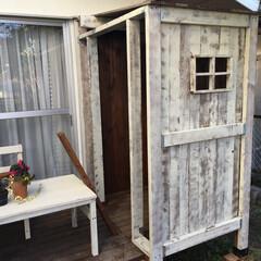 DIY/小屋/ウッドデッキ/庭 庭に小さな小屋を作りました。 こちらも自…