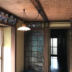 古風/おうち自慢 廊下には昔の絵皿や、木刀が飾ってあります…