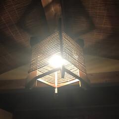 照明/我が家の照明 玄関の照明は、織物工場で使っていた糸を巻…