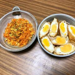 人参料理/ごはん 卵料理2点。にんじんしりしりは、人参が苦…