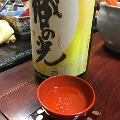 あけおめ 金粉入りのお酒。お正月らしく、華やかです。
