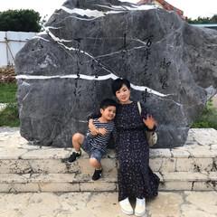 万座毛/わたしのGW 沖縄の万座毛の石碑ではいチーズ!
