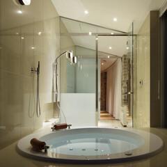 軽井沢/別荘/週末住宅/リゾート/浴室・風呂/浴室/... 軽井沢の別荘のバスルームです。JAXSO…