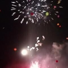 メルヘン/風船/花火/白樺湖/令和の一枚/フォロー大歓迎/... メルヘン🎈続き 花火🎆とのコラボに 雷⚡…