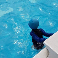 ブルー 夏はプール!
