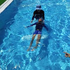 夏のお気に入り ママの水泳教室 泳げないのに 泳げる子ど…