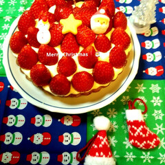 クリスマス/クリスマスケーキ/手作りケーキ/手作りお菓子/スィーツ/グルメ/... Xmascakeを作りました☺️ 苺たっ…