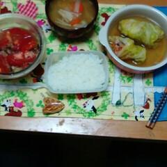 トマトのサラダ/味噌汁/ロールキャベツ/フォロー大歓迎/GW/LIMIAごはんクラブ/... 今日は、ロールキャベツを作りました‼美味…(3枚目)