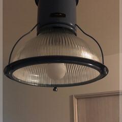HERMOSA/ハモサ HUNT GLASS SHADE CMG-002 ハントグラスシェード 天井照明/ペンダントライト/インダストリアル/レトロ/ビンテージ/ミッドセンチュリー | HERMOSA(シーリングライト)を使ったクチコミ「我が家のダイニングはHARMOSA(ハモ…」