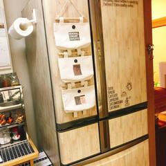 キャンドゥ/冷蔵庫リメイク/100均/セリア/ダイソー/キッチン こちらで見つけたフォトを参考に冷蔵庫をキ…