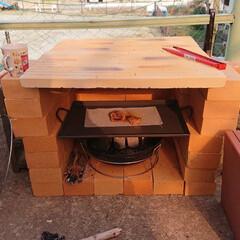 ホッとする時間/癒される世界/炎のある生活/BBQ/ピザ釜/ハンドメイド 自宅の庭に即席のピザ釜が出来ました。 鉄…(1枚目)