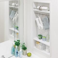 洗面所/洗面化粧台/小物/省スペース/壁面収納/壁埋め込み/... 洗面室に必要な小物類を上手に整理する壁厚…