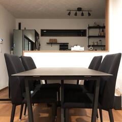 ダイニングテーブル/セラミックテーブル/ブラックインテリア/我が家のテーブル リビングのものはブラックで統一しています…