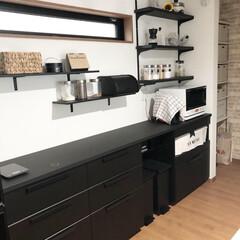 IKEA/イケア/メトード/キッチン背面/カップボード/キッチン収納/... リビングダイニングのインテリアはブラック…