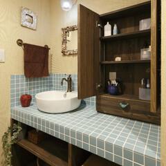 マンション 洗面ボウルがぽてっとかわいい洗面室です。…