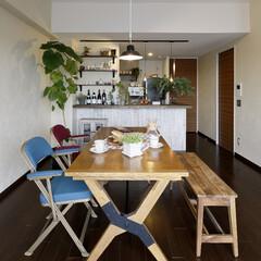 マンション お洒落なカフェの装いのダイニングキッチン…