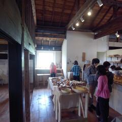 富良野/納屋/木造/カフェ/ベーカリー/DIY/... 富良野の大自然に囲まれた納屋の味わいが残…