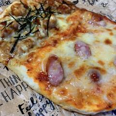 手作り/ピザ ピザが急に食べたくなって 生地こねこね😀…(1枚目)