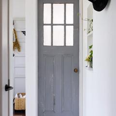扉/ドア/エイジング塗装/塗装/アンティーク調/ダメージ塗装/... 室内の扉に、エイジング塗装をして、 アン…