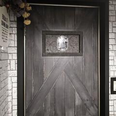 男前インテリア/賃貸インテリア/賃貸リノベーション/賃貸リメイク/トイレリメイク/DIY/... トイレの小窓に男前なカバーを作りました😆…